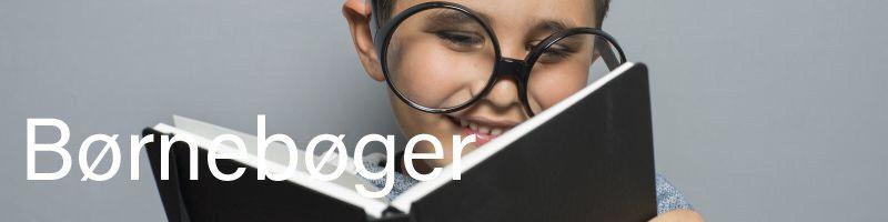Billede af dreng, der læser