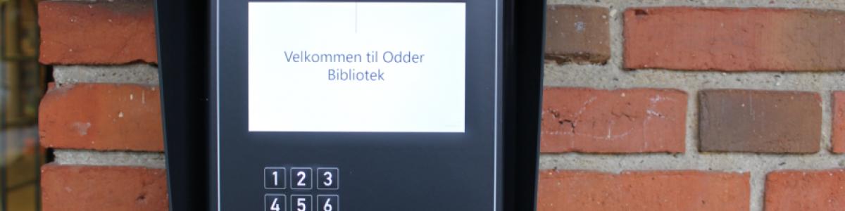 Kortscanner ved Odder Bibliotek